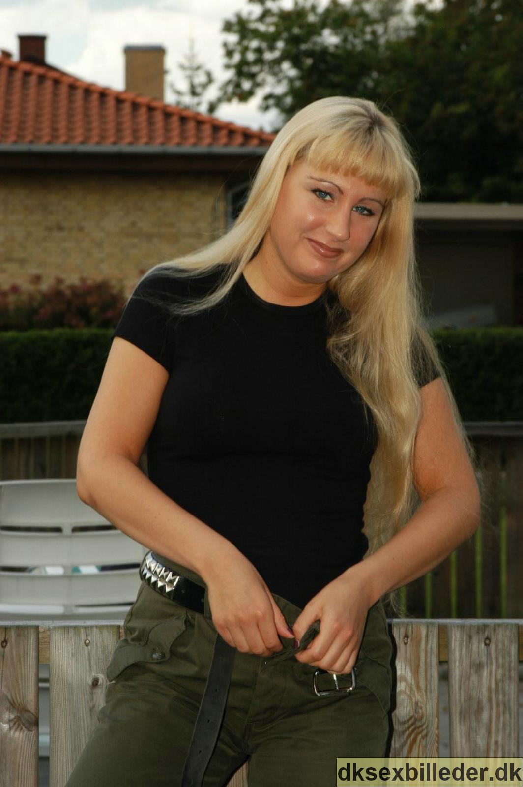 MMA-kæmper i fængsel: Tvang 12 kvinder til at gå nøgne – Ekstra Bladet